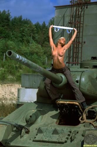 Фото порно танк